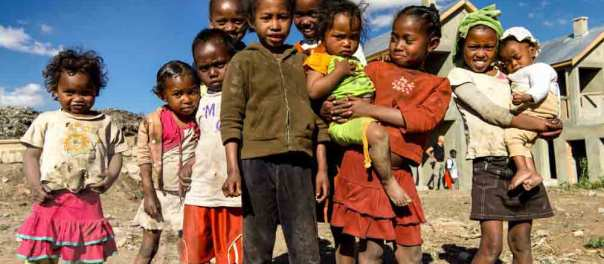 the tribe press agency, thetribepressagency.com, akamasoa, jacques maudy, julie andre, pere pedro, madacascar