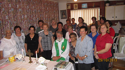 75- farewell with Italian prayer group at Ryde