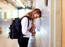 Top Tips to Help Teenagers make a smooth transition back to school