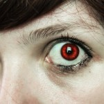 Halloween contact lenses are a horror story for your eyes