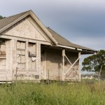 3 Questions To Ask Before Buying A Fixer-Upper House