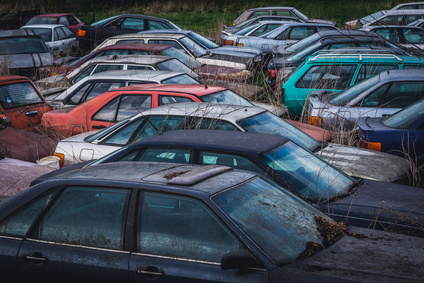 6 Things to Do Before Selling Your Car to A Wrecker