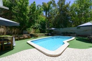 SullivansOutdoor-Swimming-Pool1