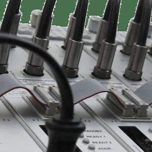 Kabel und Zubehör