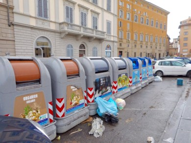 Central Garbage Collection for the Whole Block