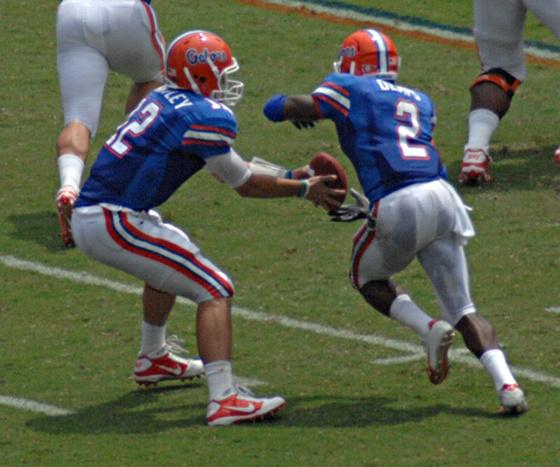 Brantley hands off to Demps