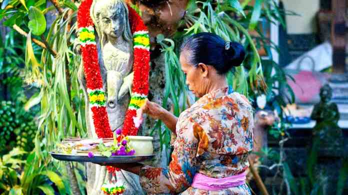 What You Need To Know About Indonesian Culture Authentic Indonesia Blog