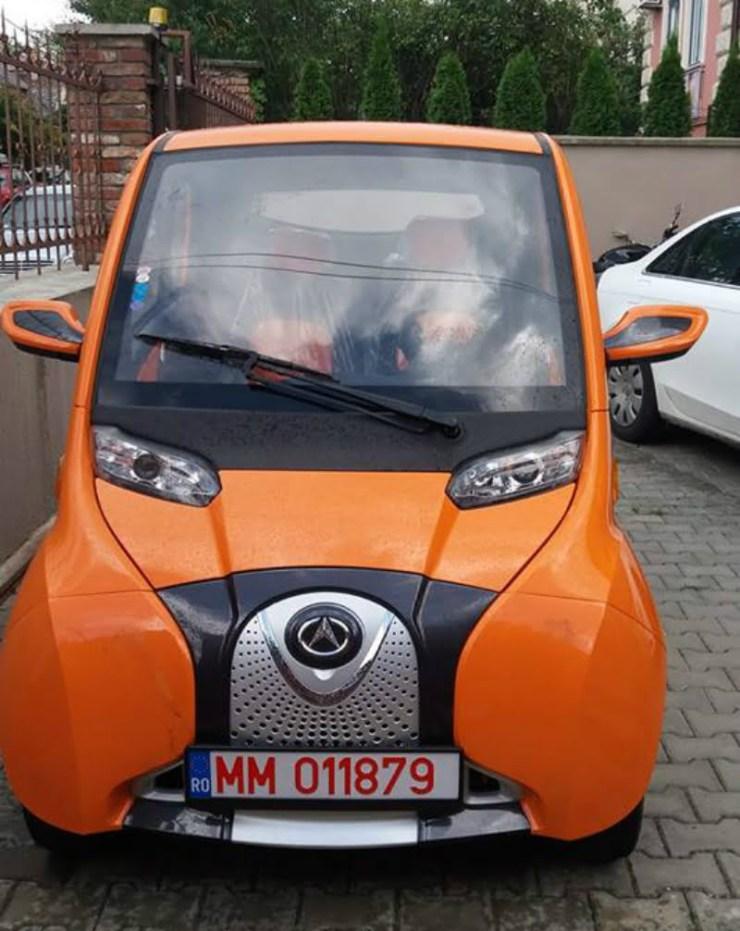 Masina-electrica-de-la-Cluj