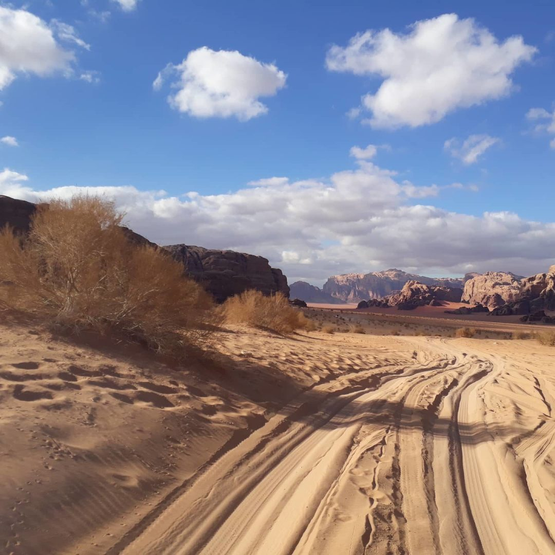 jeep tour in Wadi Rum Jordan desert