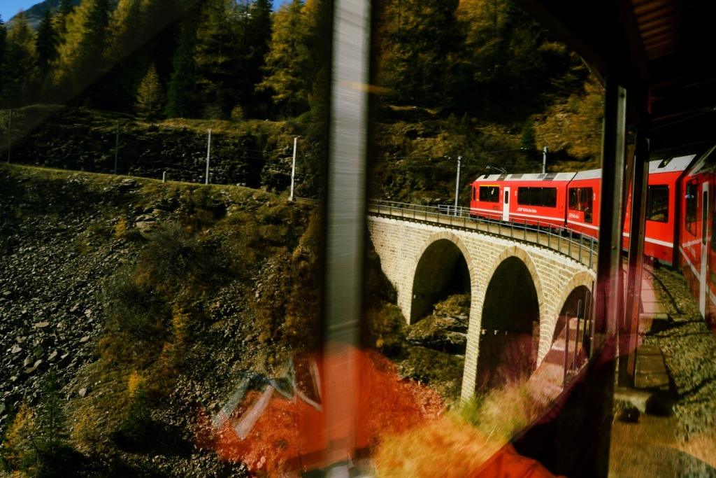 St Moritz, Train on Bridge