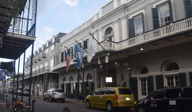 new orleans hotels and shops