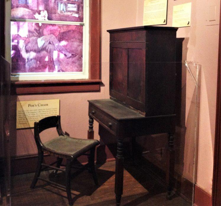Poe Desk