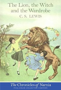Vintage cover of C S Lewis's The Lion, The Witch and The Wardrobe