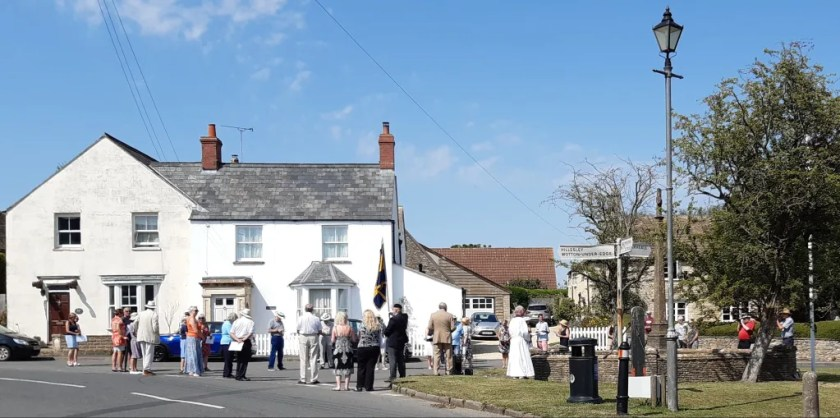 Photo of service to mark 100th anniversary of war memorial