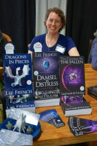 Thanks to the fabulous Roslyn McFarland for this picture. I'll be reading her book next.