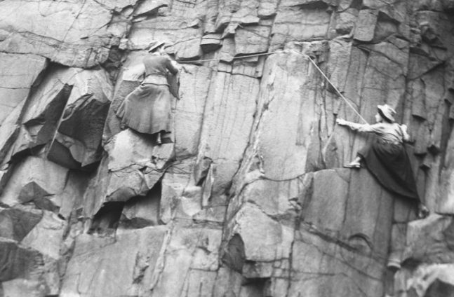 scottish women rock climbers 1900s