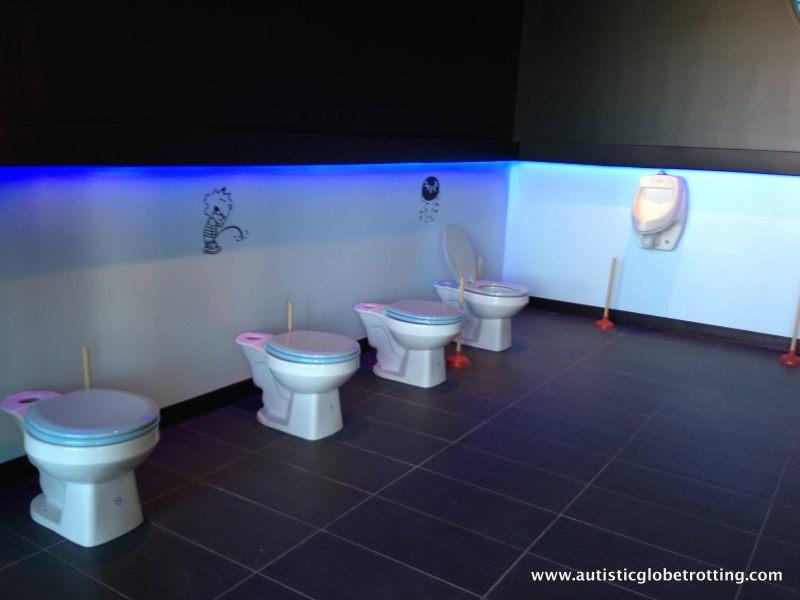 Magic Restroom Cafe:Bathroom Drawings
