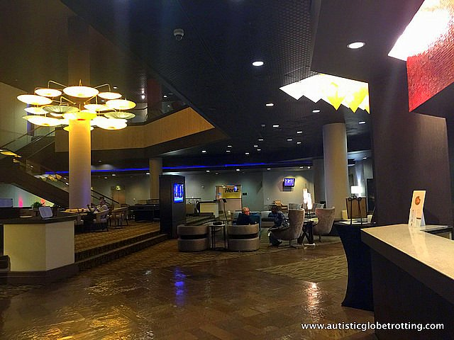 Family Stay at the DoubleTree Los Angeles lobby