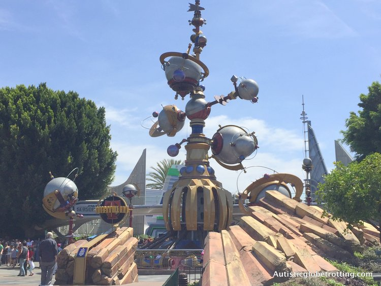 Best Disneyland Spinning Rides for Kids with Autism tomorrowland