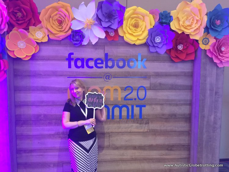 Seven Reasons to Attend the Mom 2.0 Summit selfie