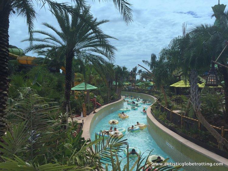 Universal Studios Volcano Bay™ Tips river
