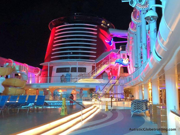 pool deck disney dream