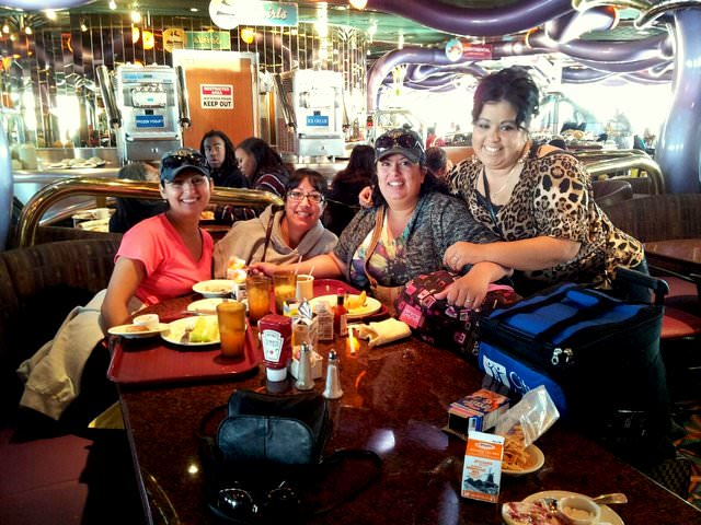 Q&A with Erika Villanueva from Viajes To Go Vacations table