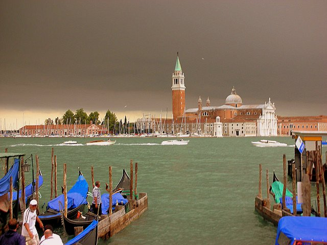 Experiencing Venice Italy with Kids sky