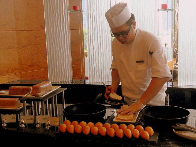 Quality Family Relaxation at JW Marriott Hong Kong chef