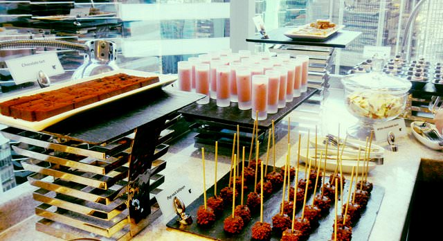 Top 10 Features of a Good Hotel Executive Lounge HK BUFFET