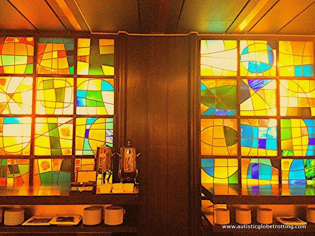 Dan Tel Aviv Hotel Welcomes Families light