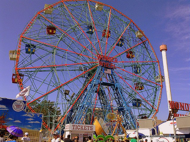 Family Fun on New York's Coney Island wheel