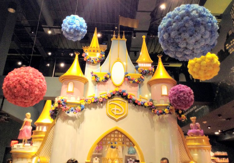 Top Five Kid Friendly Stores in NYC Times Square castle
