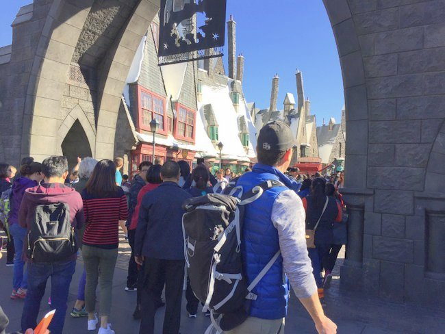 Exploring the Wizarding World of Harry Potter at Hollywood's Universal Studios gate