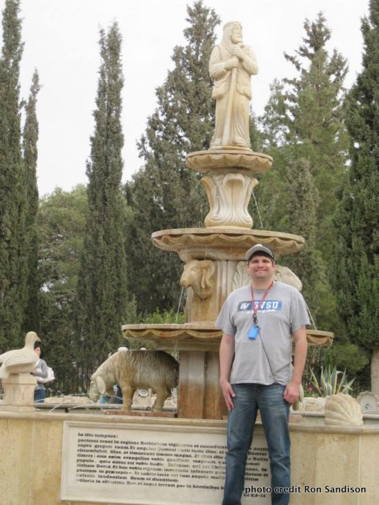 Ron Sandison shares his Tips on Traveling with Autism statue