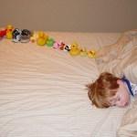 ¿Alinean los niños con autismo sus juguetes siguiendo patrones matemáticos?