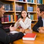 Personas con discapacidad intelectual forman a abogados sobre capacidad jurídica y acceso a la justicia