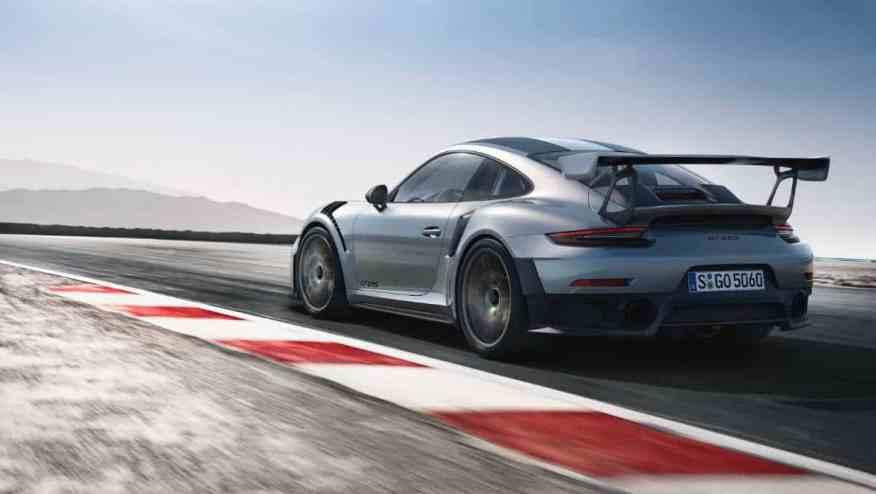 SPORTS CAR PORSCHE 911 GT2