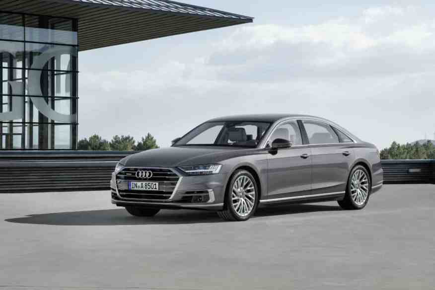 LUXURY PRESTIGE CAR AUDI A8