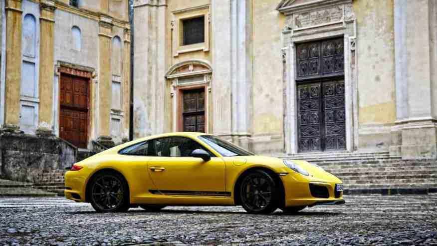 SPORTS CAR PORSCHE 911 CARRERA T