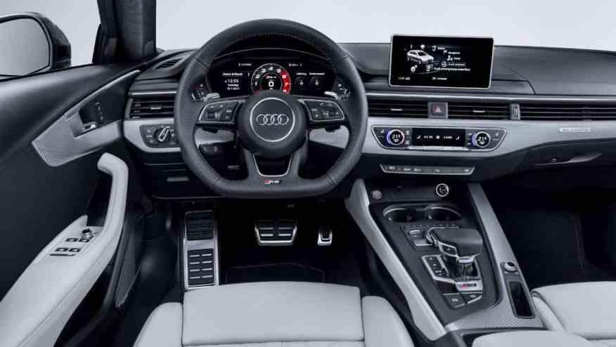 PREMIUM SPORTS CAR AUDI RS4
