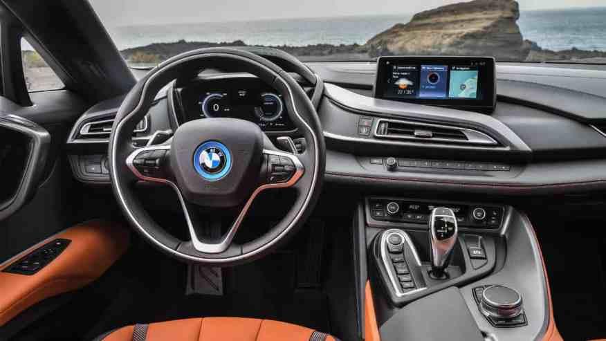 HYBRID SPORTS CAR BMW i8