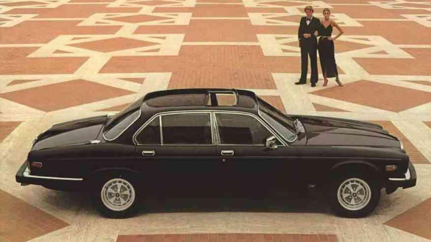 CLASSIC CAR JAGUAR XJ