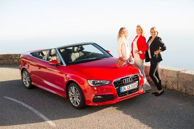 Das Fotoshooting, das wir beide nacheinander mit dem Fotografen absolvierten, mündete in ein Gruppenfoto mit 3 Blondinen samt Audi A3 Cabrio.