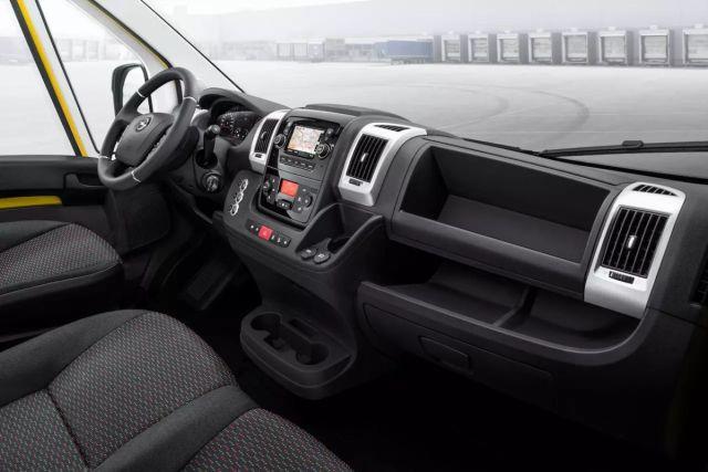 2021-Opel_Movano-%20(3)