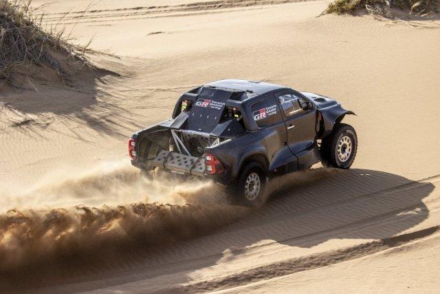 Rallye_Dakar_2022-Toyota_GR_DKR_Hilux_T1-3