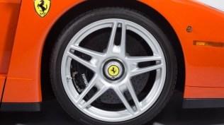 Ferrari_Enzo_Rosso_Dino_2017_prvni_sada_20_800_600