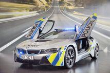 bmw-i8-policie- (4)