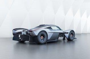 Aston-Martin-Valkyrie-12