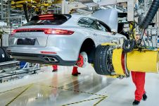 zahajeni-vyroby-Porsche-Panamera-Sport-Turismo- (3)